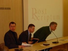 Diskusijoje dalyvavo Gintaras Steponavi�ius, doc. dr. Algimantas Jankauskas, prof. Alvydas Jokubaitis
