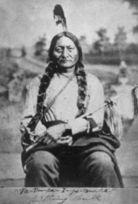 Indėnų kovos už laisvę simbolis dakotų genties vadas Sėdintis Jautis (Tatanka Jotanka).