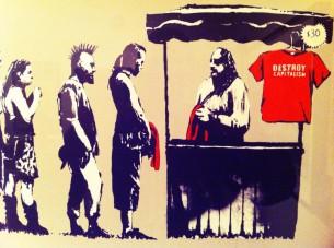 "Bansky – ""Destroy Capitalism"" (""Sunaikink kapitalizmą"")"