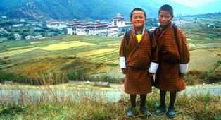 Iš tiesų, daugiau nei tūkstantį metų mažytė Butano karalystė gyveno izoliacijoje ir nė karto neprarado nepriklausomybės.